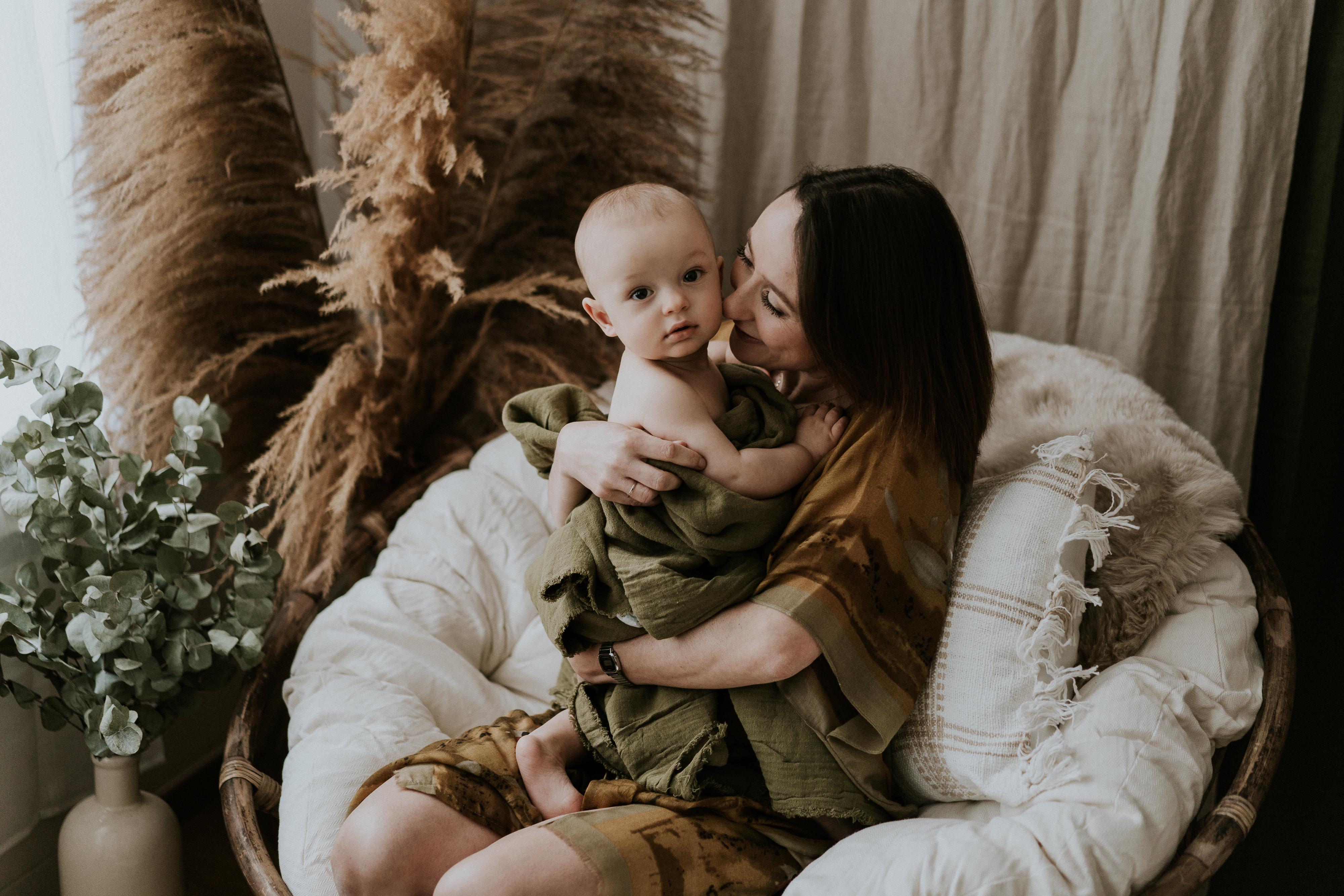 photographe-maman-bebe-allaitement-maternite-reims-marne-6